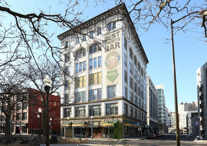 lear seeks tenants for downtown detroit building