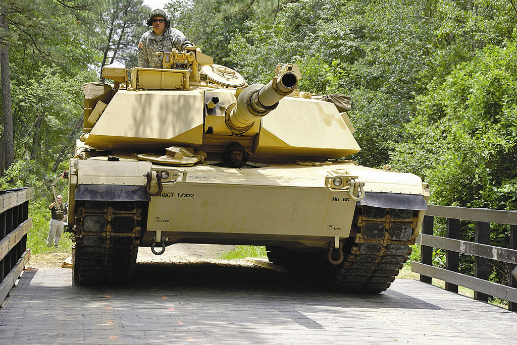 abrams tank proves itself in war faces fight for future