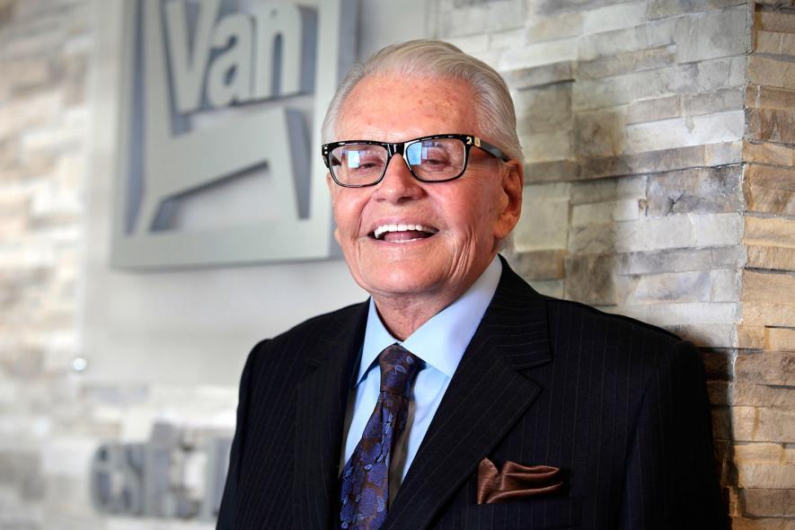 Art Van Furniture Founder Elslander Dies At 87