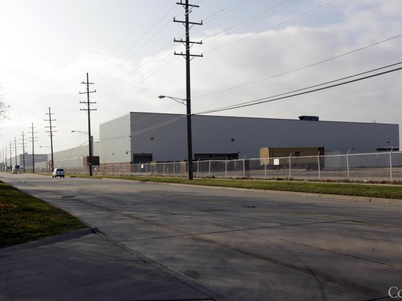 N.Y. firm buys 1.2 million-square-foot auto parts ...